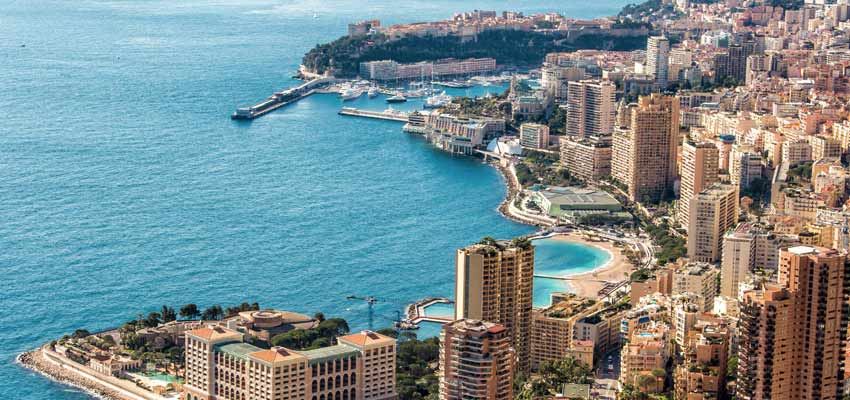 Monte Carlo's glamorous harbour