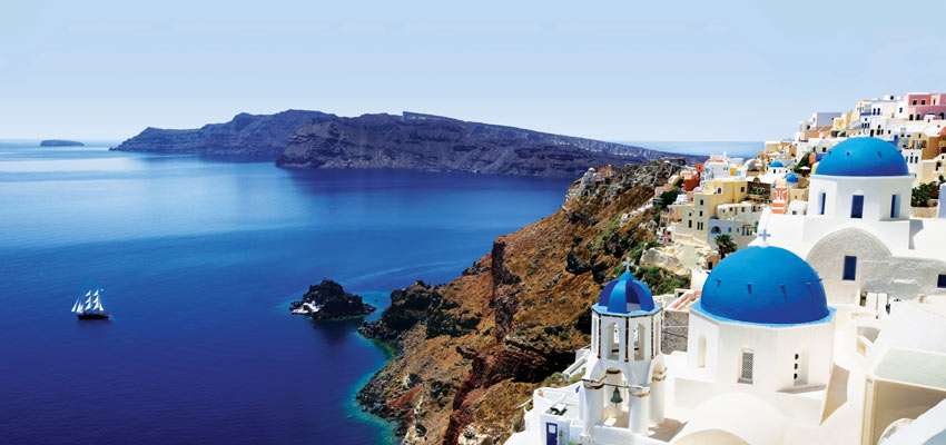 Santorini's breathtaking coastline