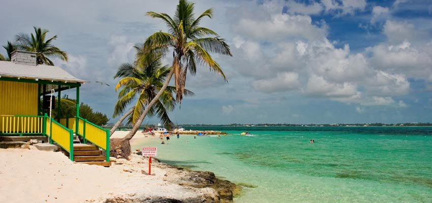 A beautiful beach on the coast of Nassau in the Bahamas