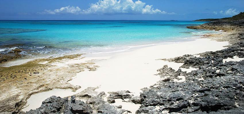 Beautiful white sandy beaches of the Bahamas
