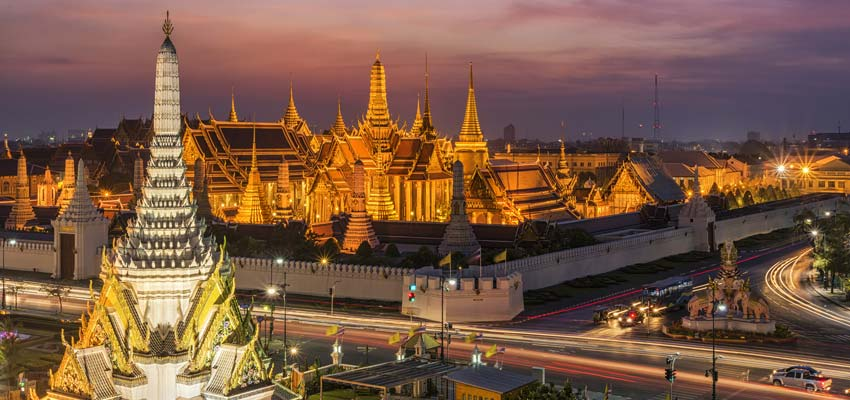 Historic temples in the bustling city of Bangkok, Thailand