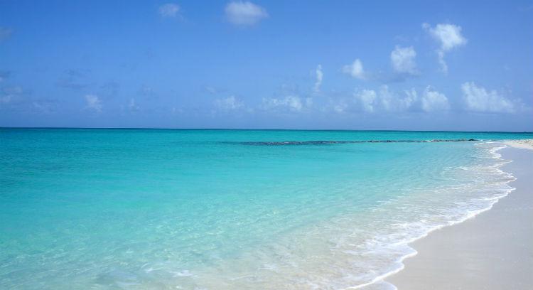 Caribbean beach - Wave Season