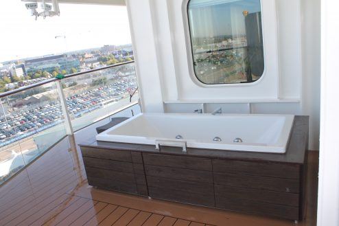 Outdoor bath on-board Celebrity Eclipse