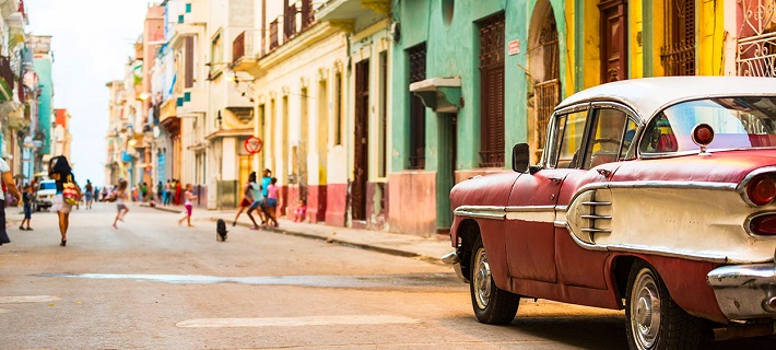Classic cars on the colourful streets of Cuba