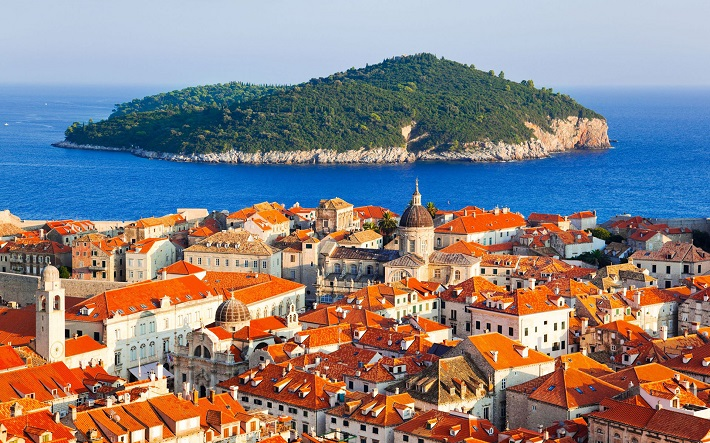 Panoramic view over the buildings of Dubrovnik and out to sea