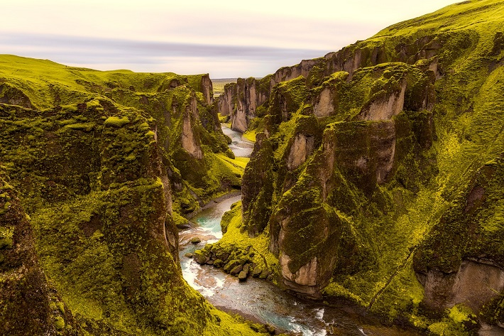 River flowing between two tectonic plates in Iceland's Thingvellir National Park