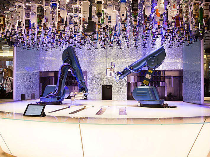 Royal Caribbean's Quantum of the Seas - The innovative Bionic Bar
