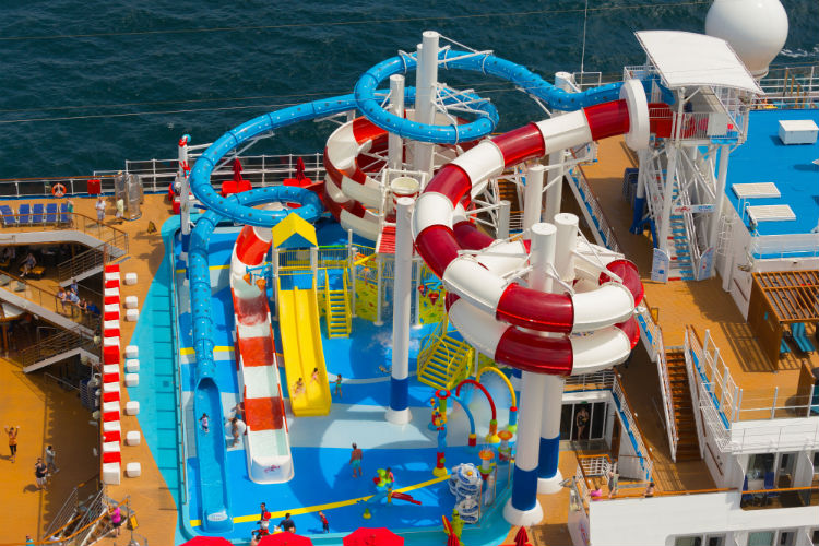 Carnival Horizon - Waterpark and slides