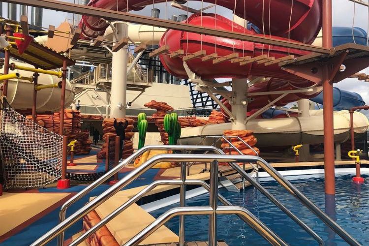 Waterpark on-board MSC Bellissima