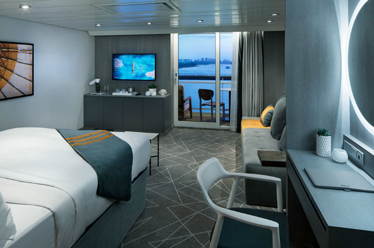 Sky Suite - Celebrity Summit - Accommodation