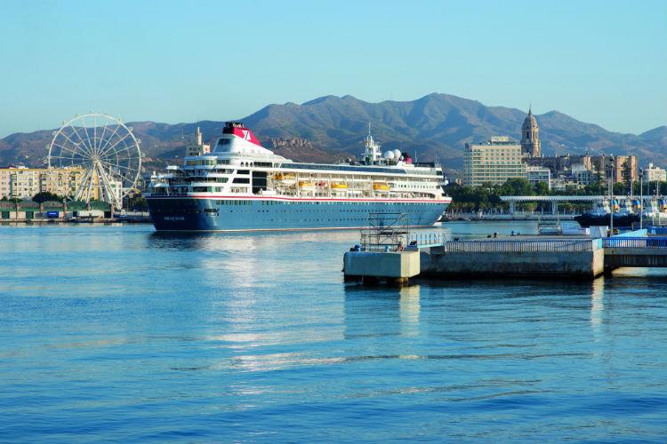 Braemar docked in Malaga