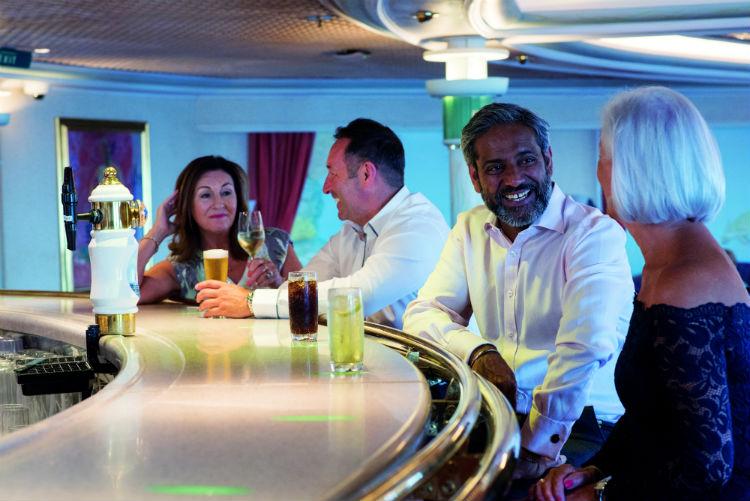 Bar on-board Braemar - Fred. Olsen