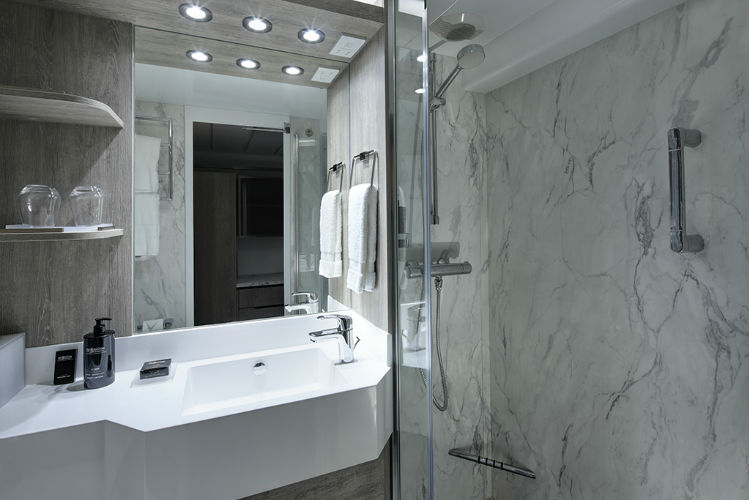Bathroom - Celebrity Cruises