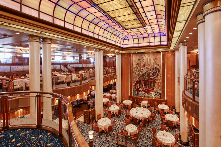 Britannia Restaurant - Queen Mary 2 - Cunard
