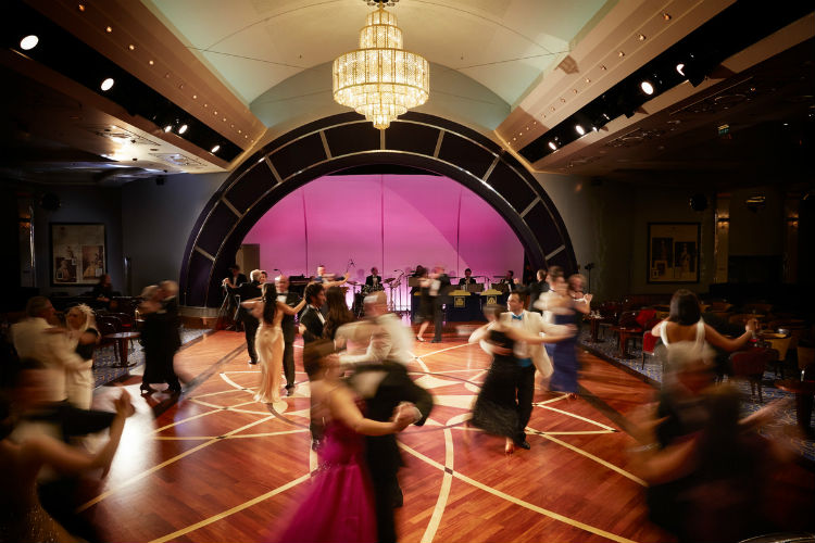 Ballroom - Queen Mary 2 - Cunard