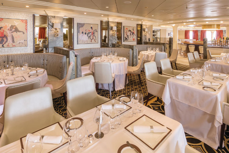 Veranda Restaurant - Queen Mary 2 - Cunard