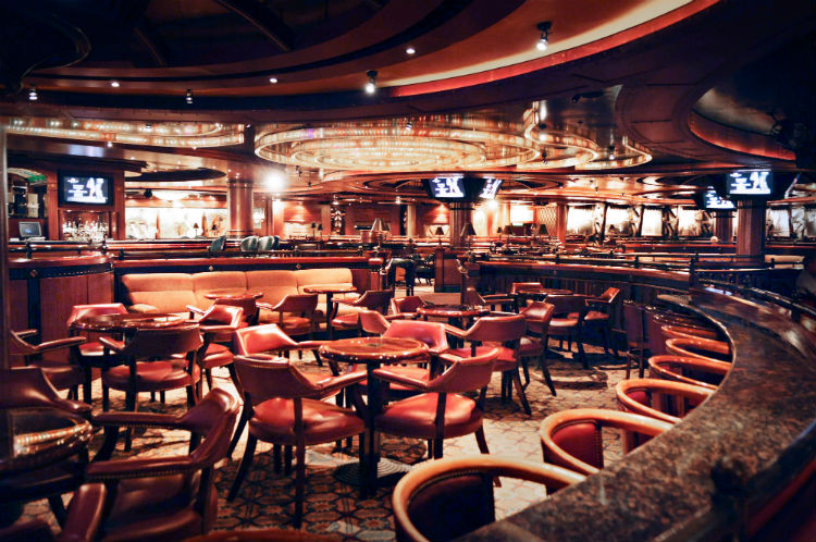Sapphire Princess - Lounge