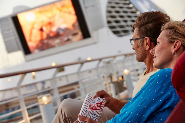 Movies under the stars - Sapphire Princess - Princess Cruises