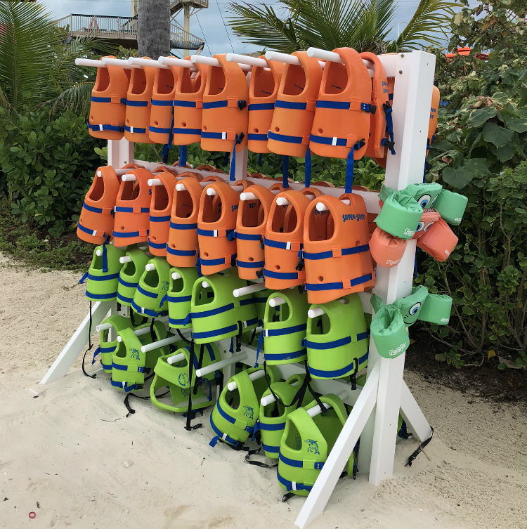 CocoCay lifejackets