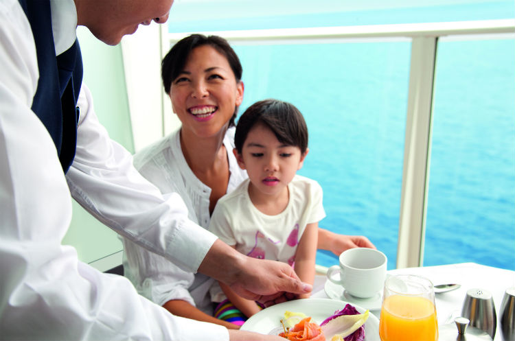 Classic Suite - Family breakfast on Royal Caribbean