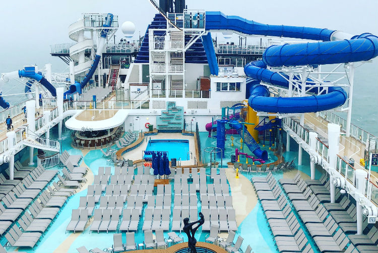 Aquapark - Pool - Norwegian Encore