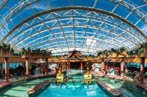 Pool Deck - Jewel of the Seas