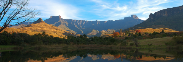 south africa_drakenberg mountains_Mont Aux Source amphitheatre