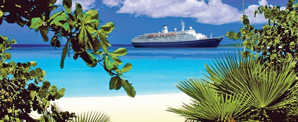 Cruise & Maritime ship in the Caribbean