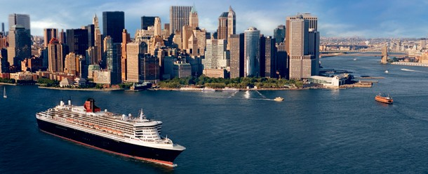 Cunard's Queen Mary 2 leaving New York
