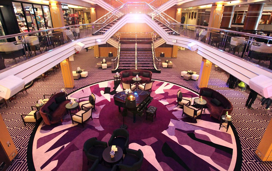Atrium of Cruise & Maritime Columbus