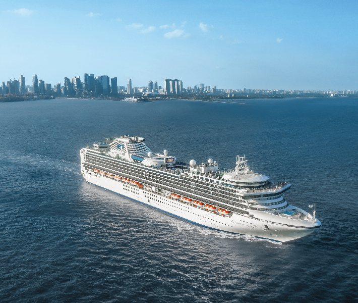 Exterior shot of the Sapphire Princess