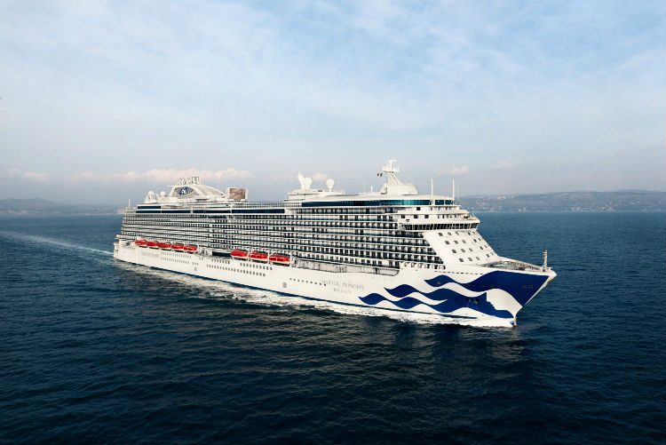 Princess Cruises - Ship sailing