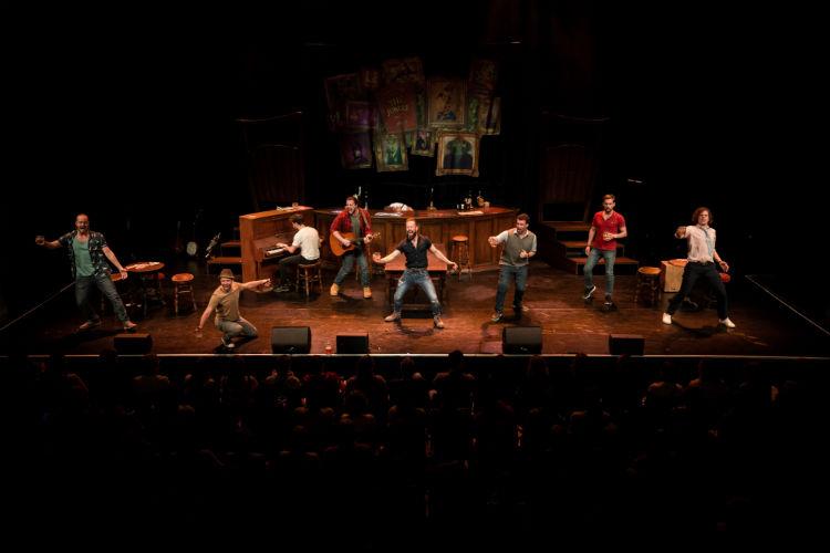 The Choir of Man - Entertainment - Norwegian Cruise Line
