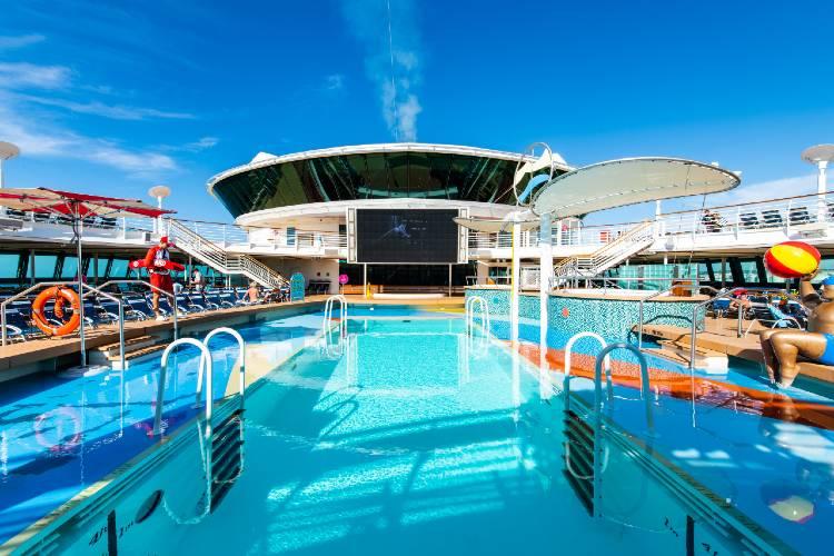 Jewel of the Seas - Poolside